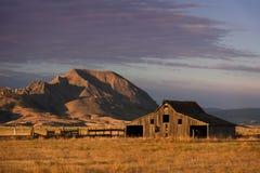 Grange du Dakota images stock