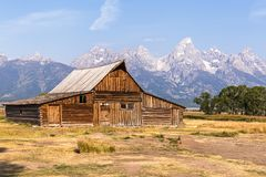 Grange mormone de rangée en parc national grand de Teton Photos stock