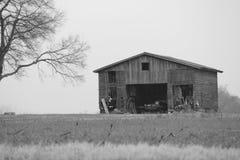 Grange noire et blanche Images libres de droits