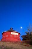 Grange rouge ronde Photographie stock