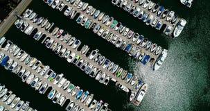 Graniasty koszt stały ogromny marina w 4k 24fps zdjęcie wideo