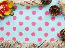 Granica robić kolorowy prezenta łęku faborku granicy tło Obrazy Stock