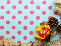 Granica robić kolorowy prezenta łęku faborku granicy tło Fotografia Stock