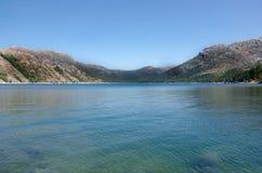 Granica Vilarinho da Furna tamy jezioro, park narodowy Peneda-G Fotografia Royalty Free