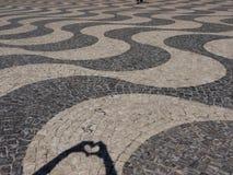 Granito portoghese sul pavimento a Lisbona Immagini Stock Libere da Diritti