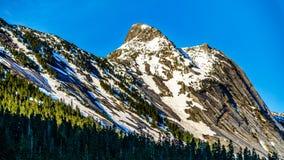 Granitowy szczyt Yak góra w Kaskadowym pasmie górskim Zdjęcie Royalty Free