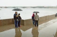 Granitpir på floden Royaltyfria Bilder