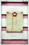 Granitplatte whith auf rosa alter Wand Lizenzfreie Stockfotografie