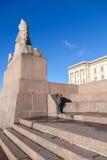 Granitsphinx Altes Monument auf blauem Himmel Lizenzfreie Stockbilder