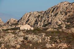 Granitu krajobraz z starymi ścianami Fotografia Royalty Free