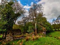 Granja arruinada de la granja Galés Fotos de archivo