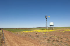 Granja Australia del molino de viento Imagenes de archivo