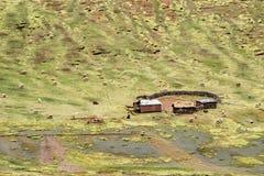 Granja de la altitud en Perú imagen de archivo libre de regalías