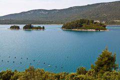 Granja de la ostra en el mar adriático cerca de Dubrovnik Foto de archivo libre de regalías