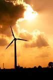 Granja de las turbinas de viento Fotos de archivo