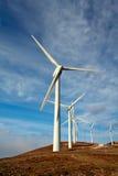 Granja de las turbinas de viento Foto de archivo