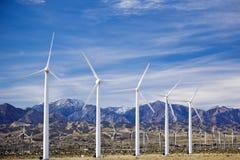Granja de viento cerca de Palm Spring en California meridional Foto de archivo libre de regalías