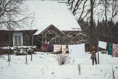Granja del campo en invierno imagen de archivo libre de regalías