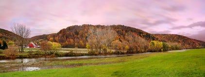 Granja del otoño Imágenes de archivo libres de regalías