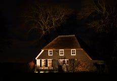 Granja en la noche Foto de archivo libre de regalías