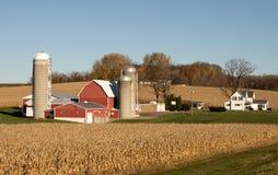 Granja lechera rural Foto de archivo