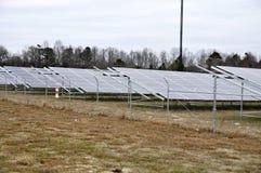 Granja solar moderna fotos de archivo