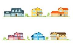 Grannskap med hem som illustreras på vit Royaltyfri Foto