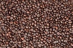 Grano de café de Brown, textura, fondo, primer Imágenes de archivo libres de regalías