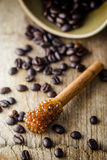 Grano de Sugar Stick Cinnamon y de café Imagen de archivo libre de regalías