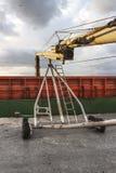 Grano di caricamento della nave Fotografia Stock