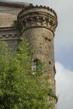 Grano y torres con la ventana Imagenes de archivo