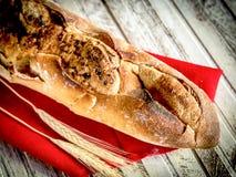 GRANODUR SEMOLA WŁOSKI chleb W DREWNIANYCH piekarnikach Zdjęcie Royalty Free