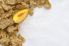 Granola που απομονώνεται στο λευκό Στοκ Εικόνες