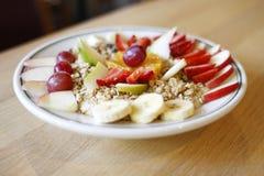 Granola avec le fruit photo libre de droits