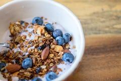 Granola et yaourt Photo libre de droits