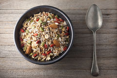 Granola Muesli del cereal del cuenco Foto de archivo libre de regalías