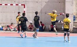 Granollers KOPP 2013. Spelare som skjuter bollen Fotografering för Bildbyråer