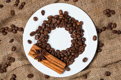Granos, canela y anís de café imágenes de archivo libres de regalías
