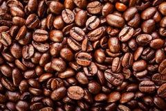Granos de café asados Fondo, visión superior Fotos de archivo libres de regalías