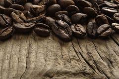 Granos de café y espacio de la copia Fotografía de archivo libre de regalías