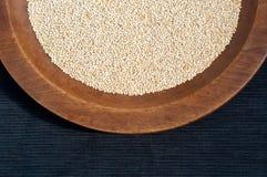 Granos de la quinoa Imágenes de archivo libres de regalías