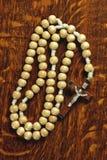 Granos de madera del rosario Imagen de archivo libre de regalías
