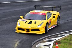 Grant Piekarniany jeżdżenie przy Ferrari wyzwania Asia Pacific seriami ściga się na Kwietniu 15, 2018 w Hampton Zestrzela Obraz Stock