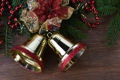Granträd med julleksaker royaltyfria foton