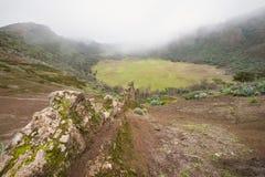 Granu Canaria krajobraz, powulkaniczny krater, kaldera De Los Marteles Fotografia Stock