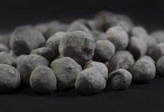 Granules de minerai de fer Photographie stock libre de droits