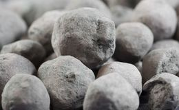 Granules de minerai de fer Photo libre de droits