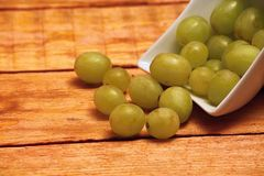 Grape wine in a bowl Royalty Free Stock Photography