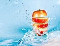 Grapefruit en water royalty-vrije stock foto