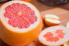 Grapefruit, oranje citroen stock foto's